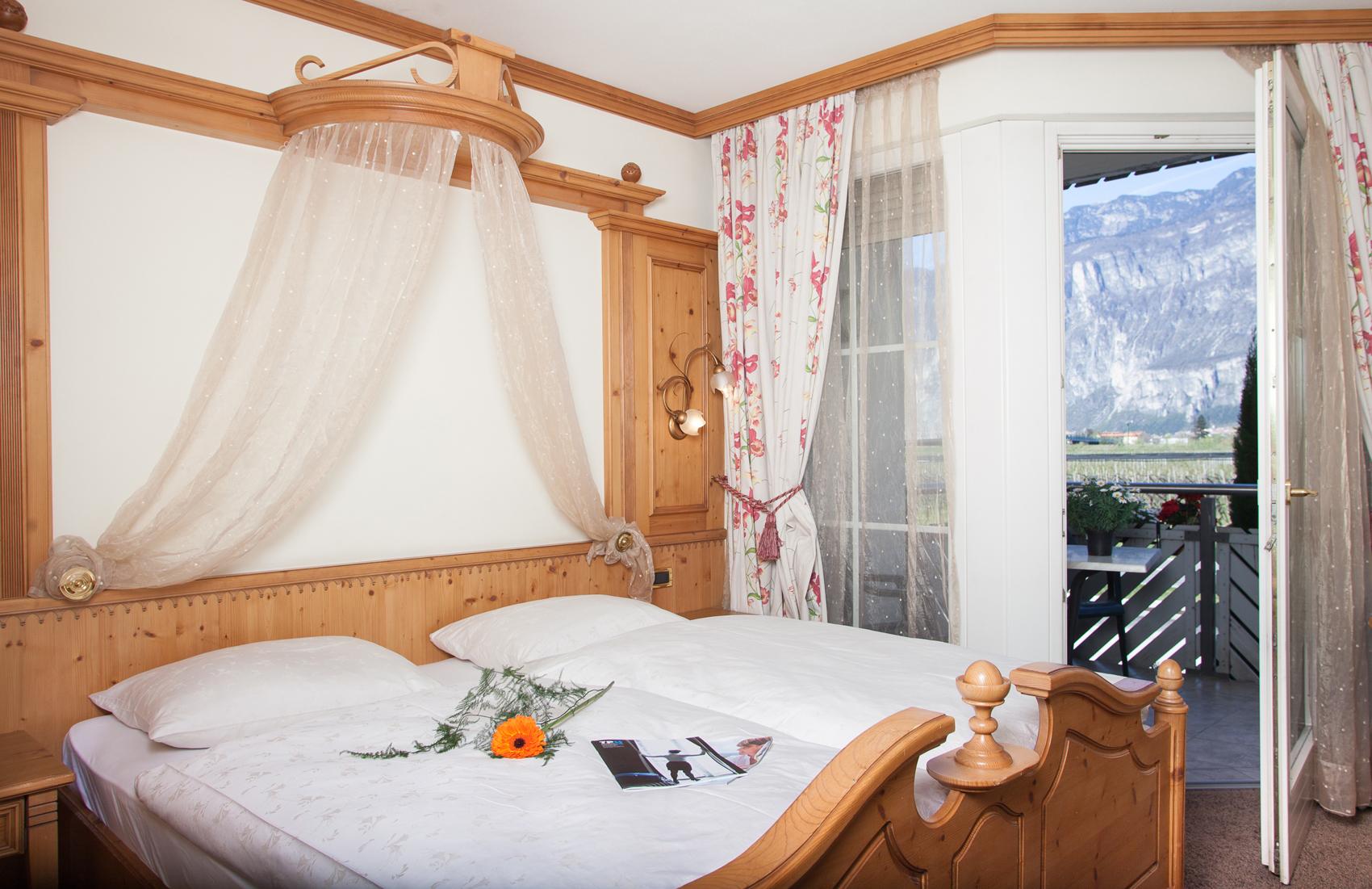 Comfort hotel erica - Camera matrimoniale romantica ...